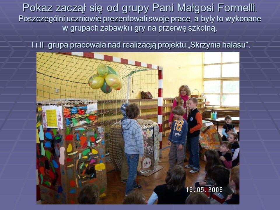 Pokaz zaczął się od grupy Pani Małgosi Formelli.
