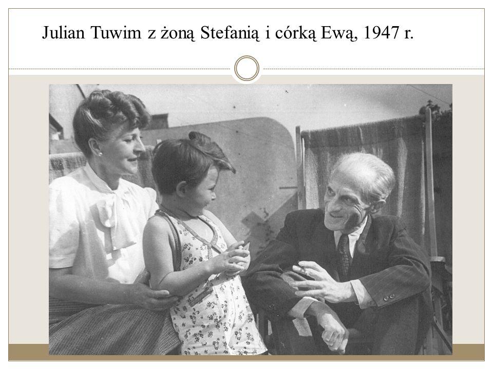 Galeria Notatka sporządzona przez Juliana Tuwima. Opisuje drogę, którą poeta i jego żona Stefania przebyli w 1939 roku, uciekając z kraju po wybuchu I