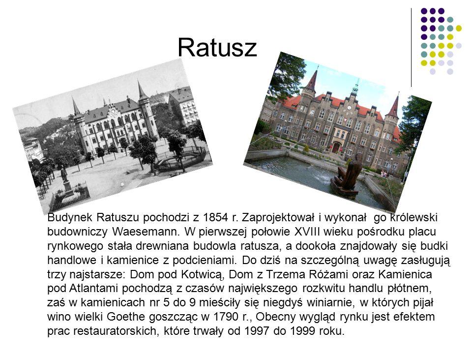 Ratusz Budynek Ratuszu pochodzi z 1854 r.