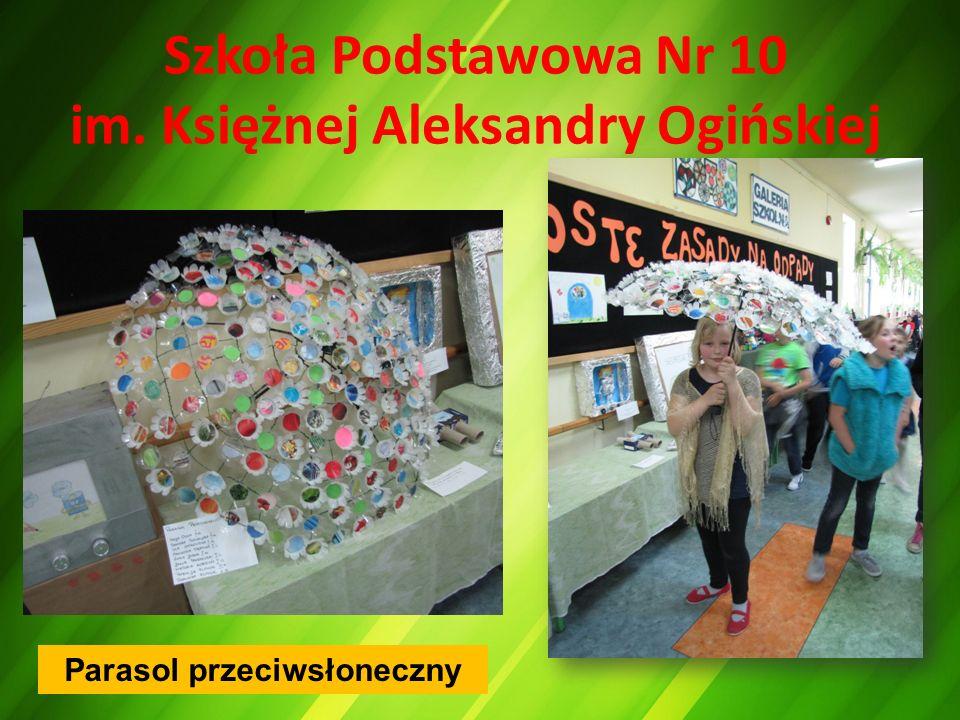 Szkoła Podstawowa Nr 10 im. Księżnej Aleksandry Ogińskiej Parasol przeciwsłoneczny