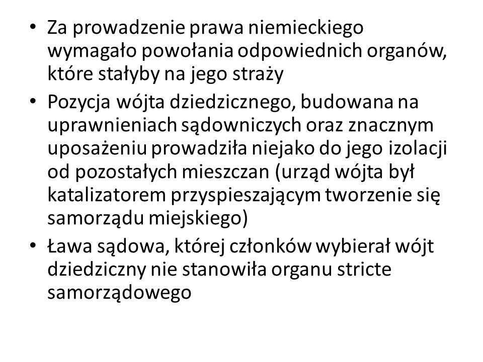 wybierani na roczną kadencję, jak to miało miejsce w Krakowie.