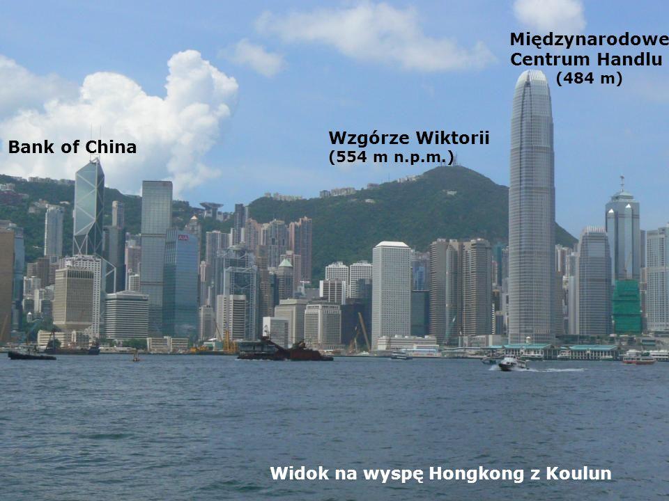 Widok na wyspę Hongkong z Koulun Wzgórze Wiktorii (554 m n.p.m.) Międzynarodowe Centrum Handlu (484 m) Bank of China