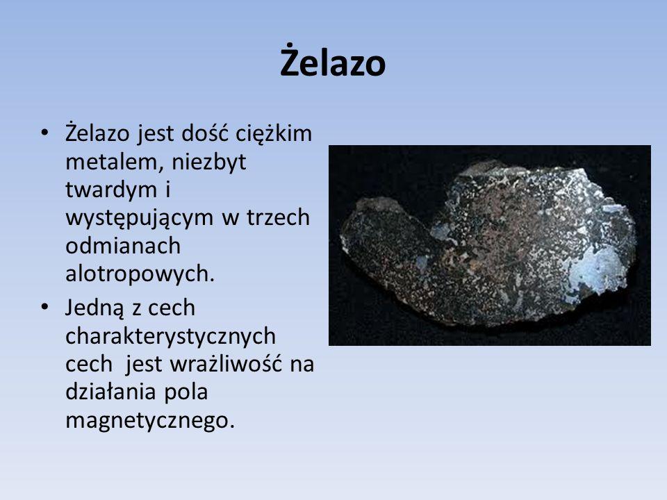 W niższych temperaturach żelazo tworzy odmianę alotropową będącą ferromagnetykiem- czyli kryształem zbudowanym z maleńkich domen magnetycznych.