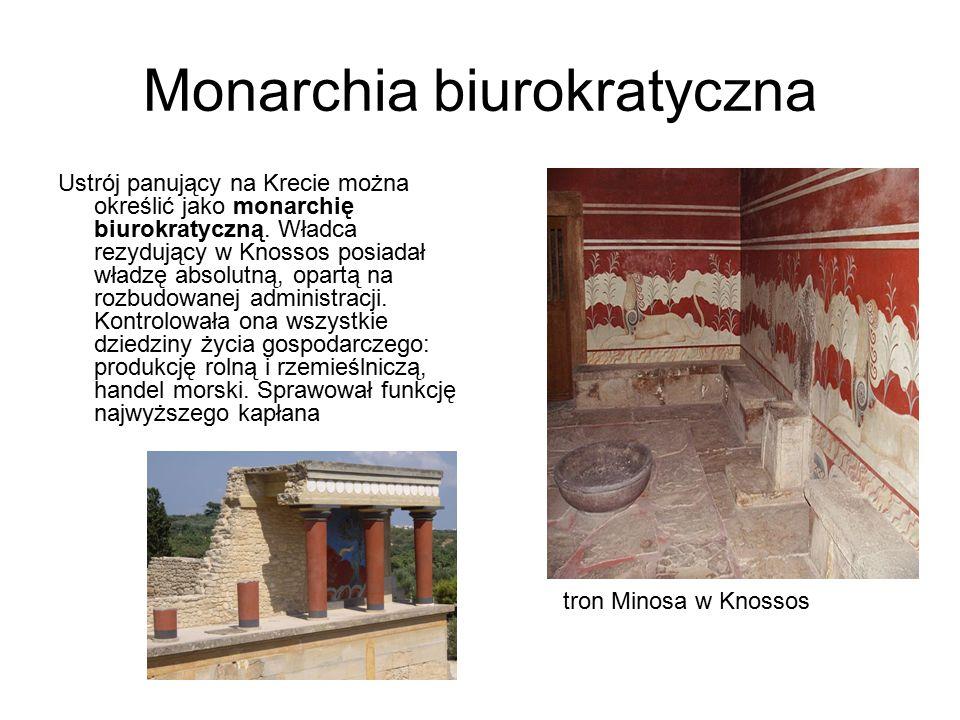 Monarchia biurokratyczna Ustrój panujący na Krecie można określić jako monarchię biurokratyczną. Władca rezydujący w Knossos posiadał władzę absolutną