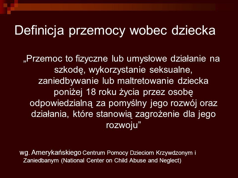 """Zespół dziecka maltretowanego """"Zespół objawów chorobowych powstałych w wyniku świadomego lub nieświadomego działania zaburzającego rozwój psychiczny, fizyczny i społeczny dziecka. W ICD-10 jest to syndrom ujęty jako T74."""