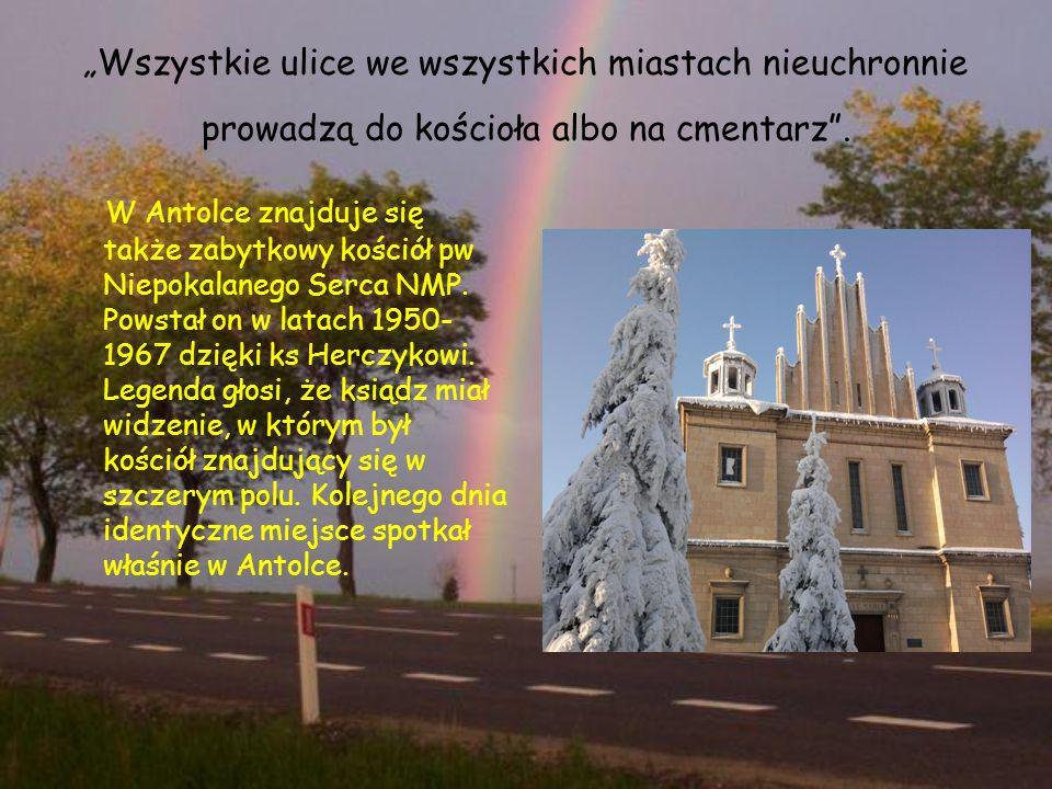 """""""Wszystkie ulice we wszystkich miastach nieuchronnie prowadzą do kościoła albo na cmentarz ."""