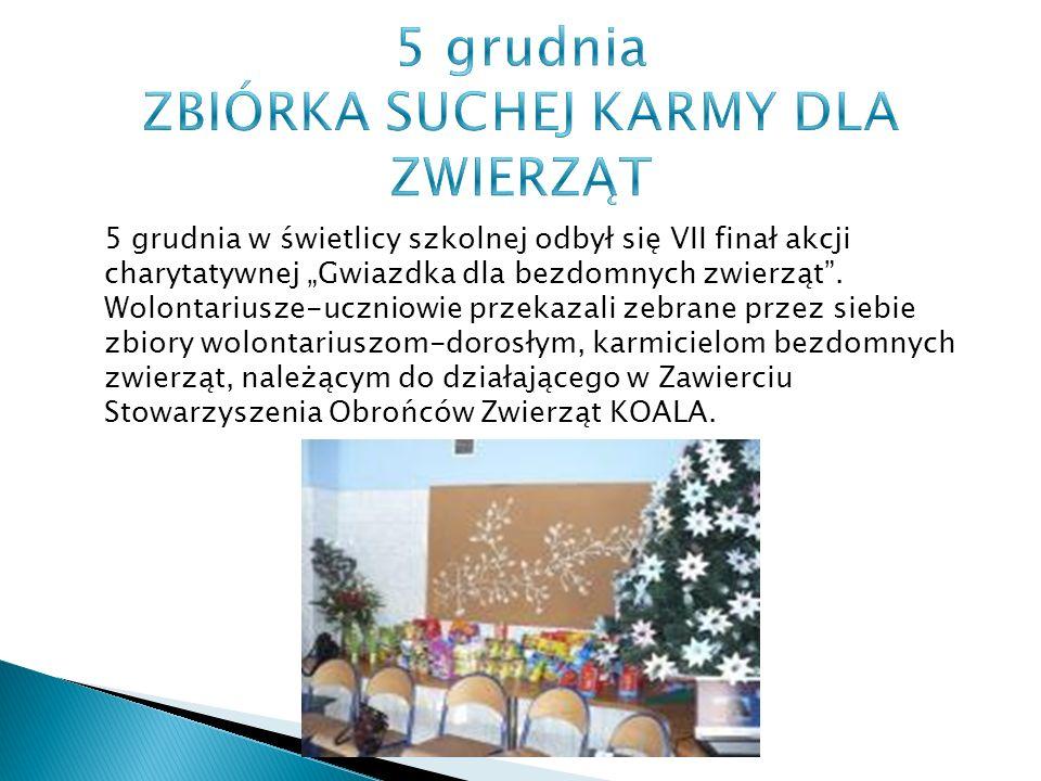"""5 grudnia w świetlicy szkolnej odbył się VII finał akcji charytatywnej """"Gwiazdka dla bezdomnych zwierząt ."""