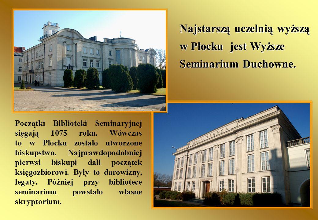 Początki Biblioteki Seminaryjnej sięgają 1075 roku. Wówczas to w Płocku zostało utworzone biskupstwo. Najprawdopodobniej pierwsi biskupi dali początek