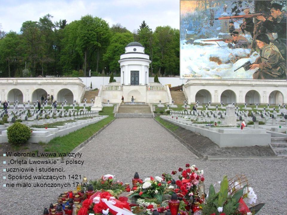 """W obronie Lwowa walczyły """"Orlęta Lwowskie"""" – polscy uczniowie i studenci. Spośród walczących 1421 nie miało ukończonych 17 lat."""