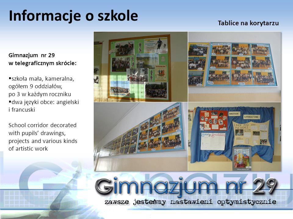 Tradycje szkolne Przez lata istnienia Gimnazjum nr 29 ukształtowały się w szkole bogate tradycje:  uroczystość rozpoczęcia roku szkolnego 2011/2012.