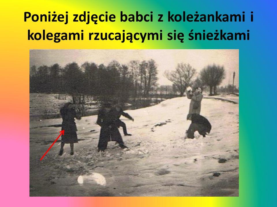 Poniżej zdjęcie babci z koleżankami i kolegami rzucającymi się śnieżkami