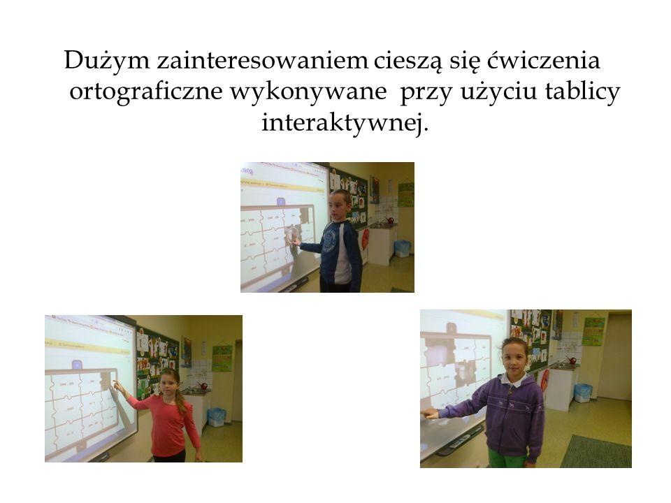 Dużym zainteresowaniem cieszą się ćwiczenia ortograficzne wykonywane przy użyciu tablicy interaktywnej.