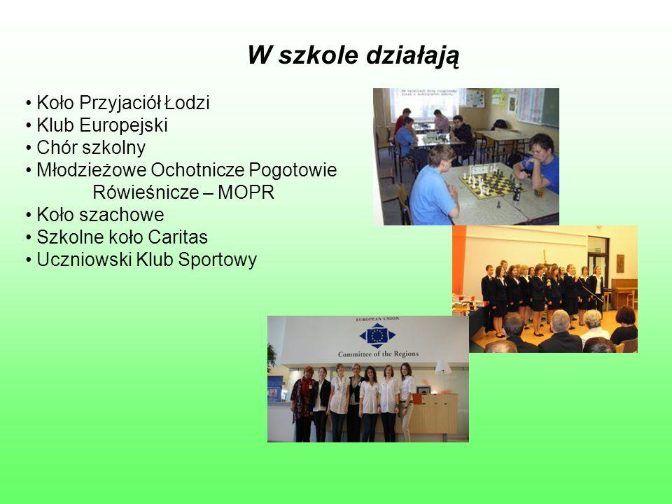 W szkole działają Koło Przyjaciół Łodzi Klub Europejski Chór szkolny Młodzieżowe Ochotnicze Pogotowie Rówieśnicze – MOPR Koło szachowe Szkolne koło Ca