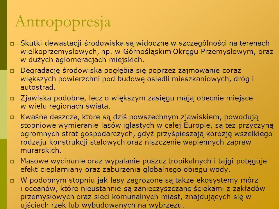 Polska Czerwona Księga Roślin Polska Czerwona Księga Roślin (1993, 2001); powstała w Instytucie Botaniki PAN i Instytucie Ochrony Przyrody PAN w Krakowie Księga zawiera opisy:  31 gatunków całkowicie wymarłych (kategoria EX),  7 gatunków wymarłych w stanie dzikim (kategoria EW),  74 gatunki krytycznie zagrożone (kategoria CR),  59 zagrożonych wyginięciem (kategoria EN),  102 narażonych na wyginięcie (kategoria VU),  21 gatunków w kategorii niższego ryzyka (kategoria LR),  2 gatunki o nieznanym stopniu zagrożenia (kategoriaDD).