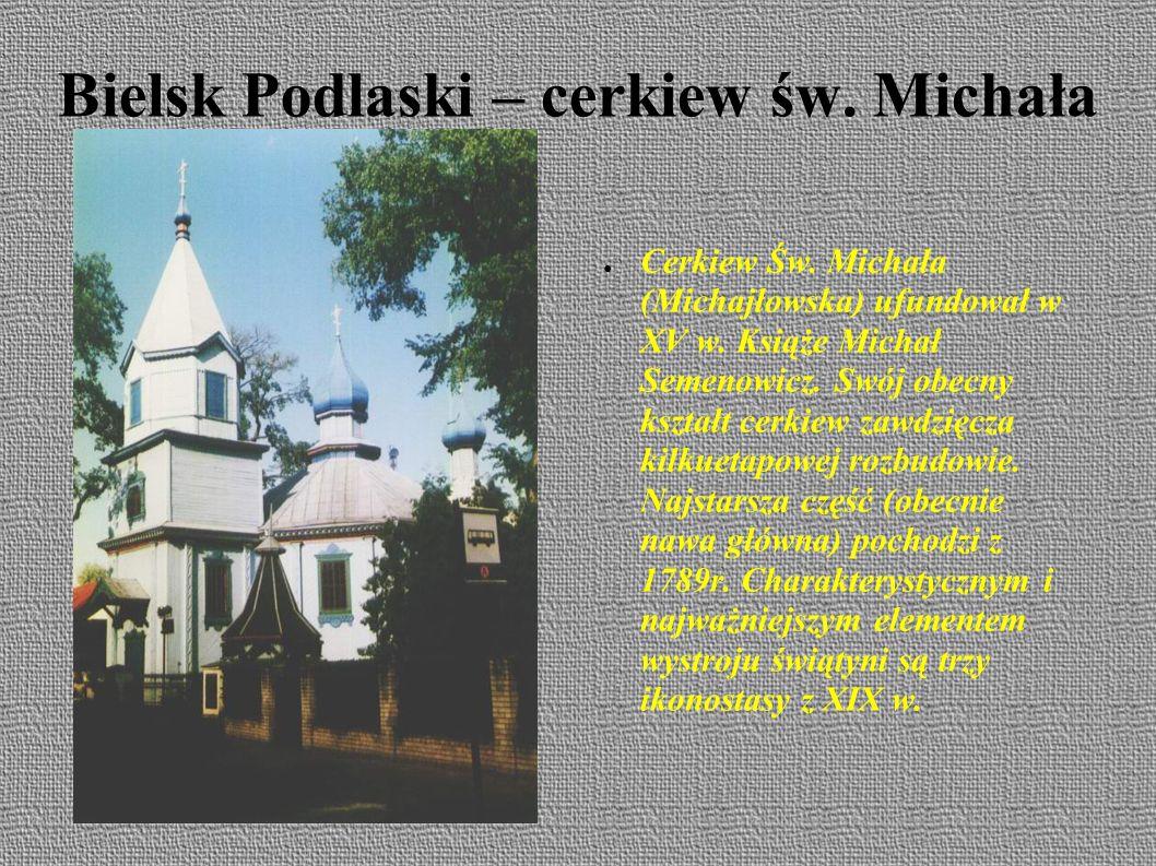 Bielsk Podlaski ● Jednak zawsze Ratusz najpiękniej wygląda z perspektywy Ratuszowej .