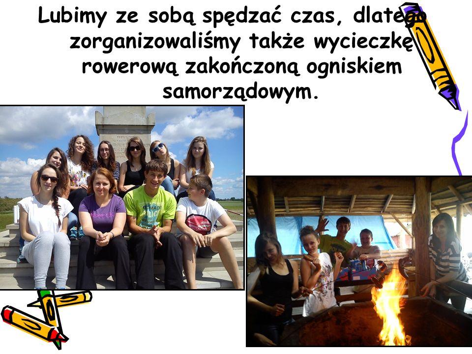 Lubimy ze sobą spędzać czas, dlatego zorganizowaliśmy także wycieczkę rowerową zakończoną ogniskiem samorządowym.