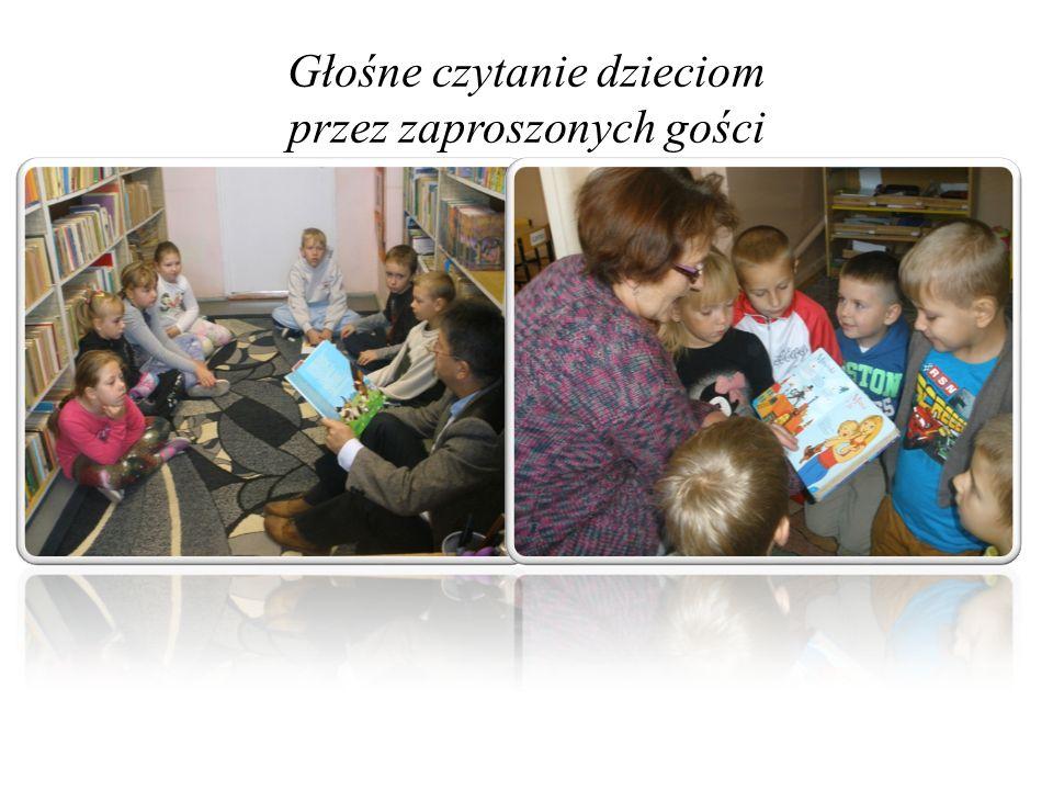Głośne czytanie dzieciom przez zaproszonych gości