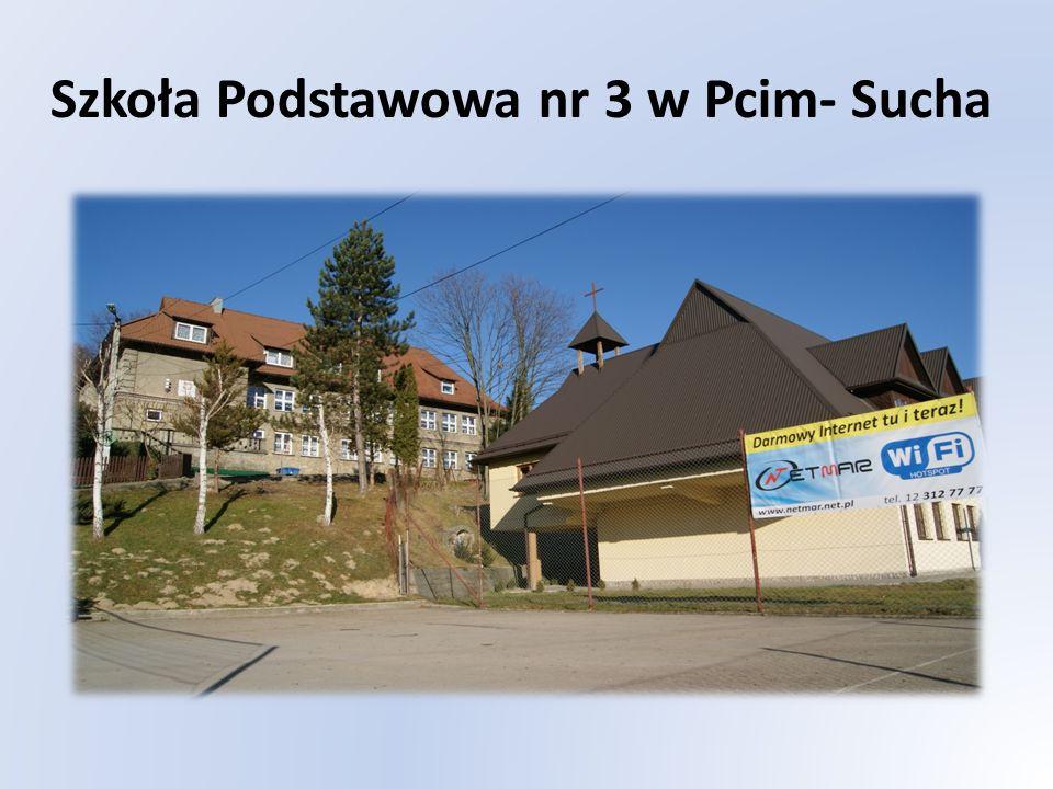 Zasięg HotSpota - Szkoła Podstawowa nr.3 w Pcimiu-Sucha Zasięgiem obejmuje całą powierzchnię boiska sportowego, placu zabaw położonego przy szkole od południowej strony budynku.