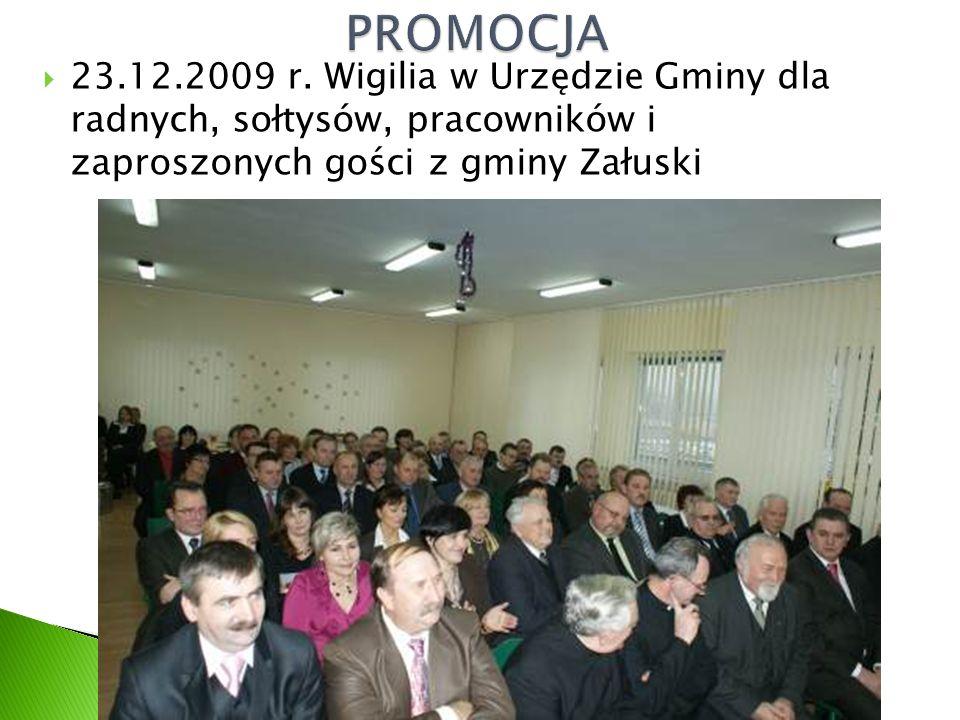  23.12.2009 r. Wigilia w Urzędzie Gminy dla radnych, sołtysów, pracowników i zaproszonych gości z gminy Załuski