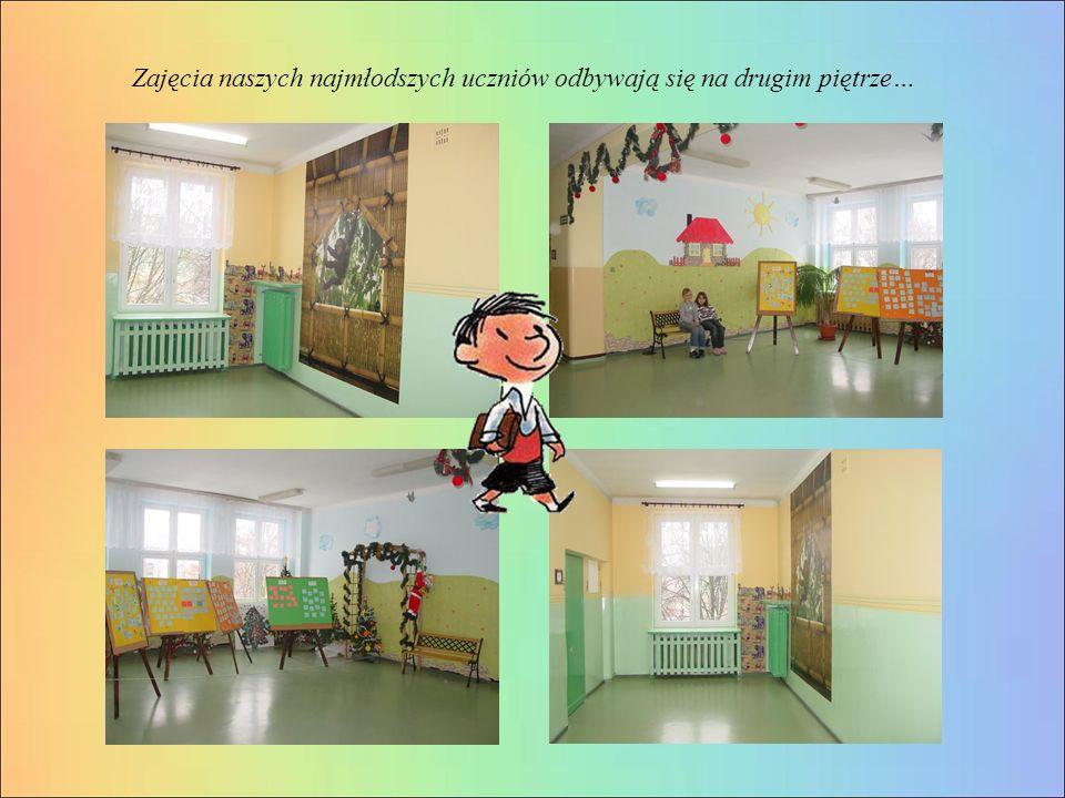 Zajęcia naszych najmłodszych uczniów odbywają się na drugim piętrze…