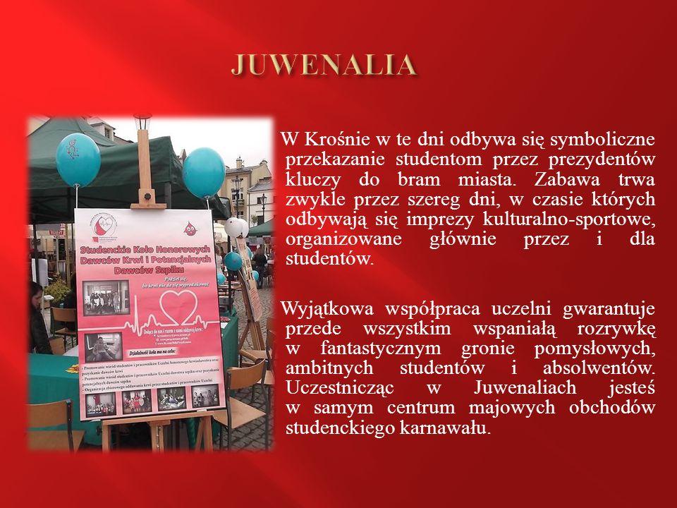 W Krośnie w te dni odbywa się symboliczne przekazanie studentom przez prezydentów kluczy do bram miasta.