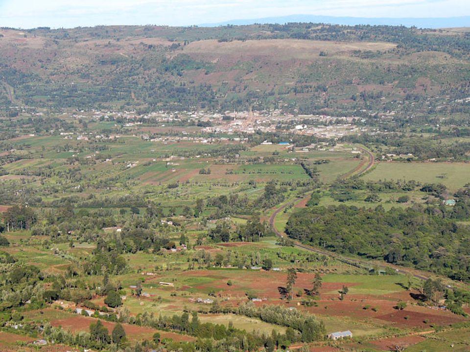 W pobliżu Nakuru-Nationalpark, na północ od górskiego krajobrazu Aberdares, znajdują się wodospady znane pod nazwą Thompson-Falls.