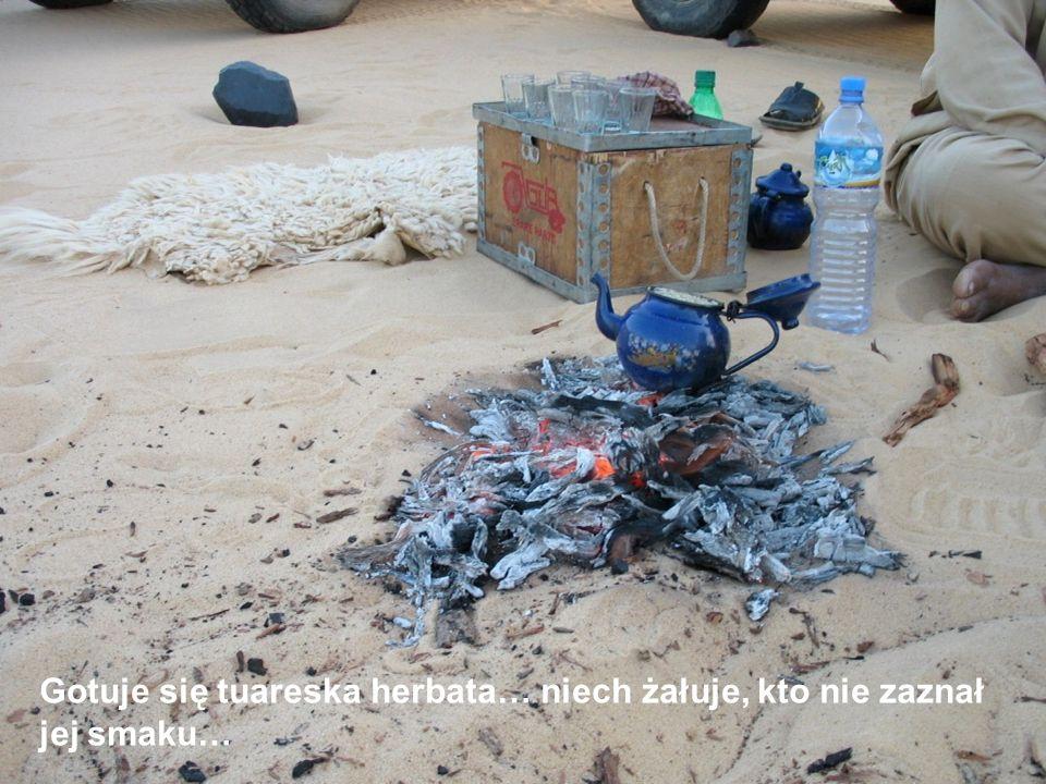 A w obozie płonie już ognisko