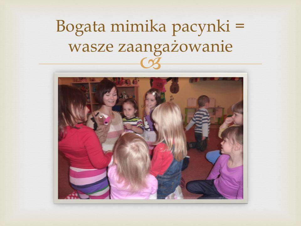  odpowiadania pełnym zdaniem wykorzystywania czarodziejskich słów bycia uczynnym i pomocnym W powyższym ćwiczeniu dzieci poprzez powtarzanie czynności tj.