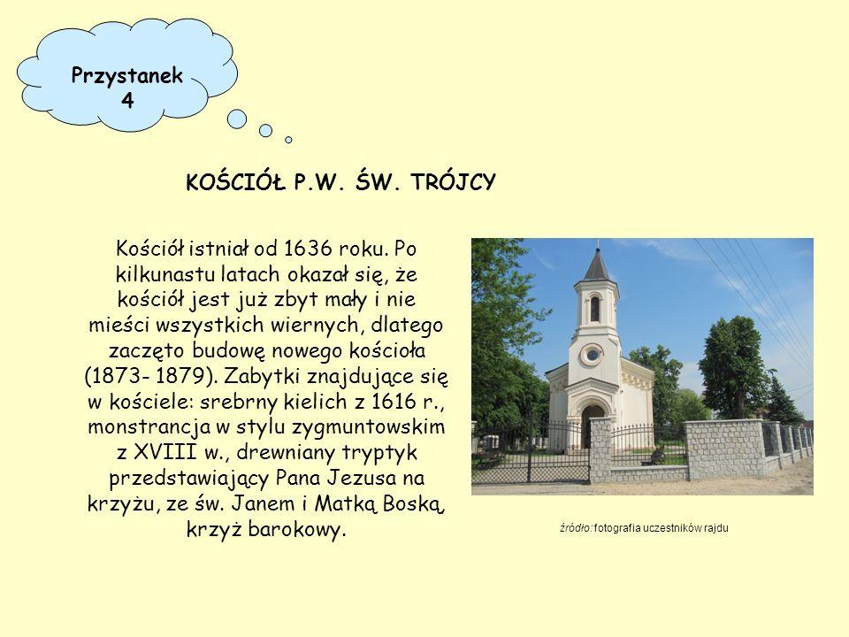 Kościół istniał od 1636 roku. Po kilkunastu latach okazał się, że kościół jest już zbyt mały i nie mieści wszystkich wiernych, dlatego zaczęto budowę