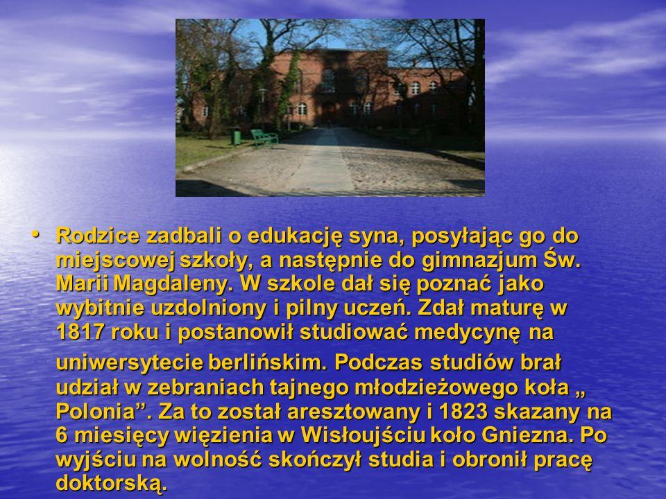 Rodzice zadbali o edukację syna, posyłając go do miejscowej szkoły, a następnie do gimnazjum Św.