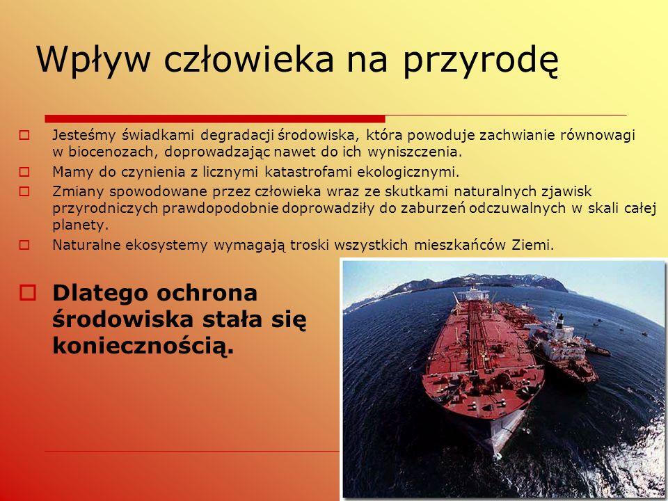 Polska Czerwona Księga Roślin Polska Czerwona Księga Roślin (1993, 2001); powstała w Instytucie Botaniki PAN i Instytucie Ochrony Przyrody PAN w Krakowie Księga zawiera opisy:  31 gatunków całkowicie wymarłych (kategoria EX)  7 gatunków wymarłych w stanie dzikim (kategoria EW)  74 gatunki krytycznie zagrożone (kategoria CR)  59 zagrożonych wyginięciem (kategoria EN)  102 narażonych na wyginięcie (kategoria VU)  21 gatunków w kategorii niższego ryzyka (kategoria LR)  2 gatunki o nieznanym stopniu zagrożenia (kategoria DD).