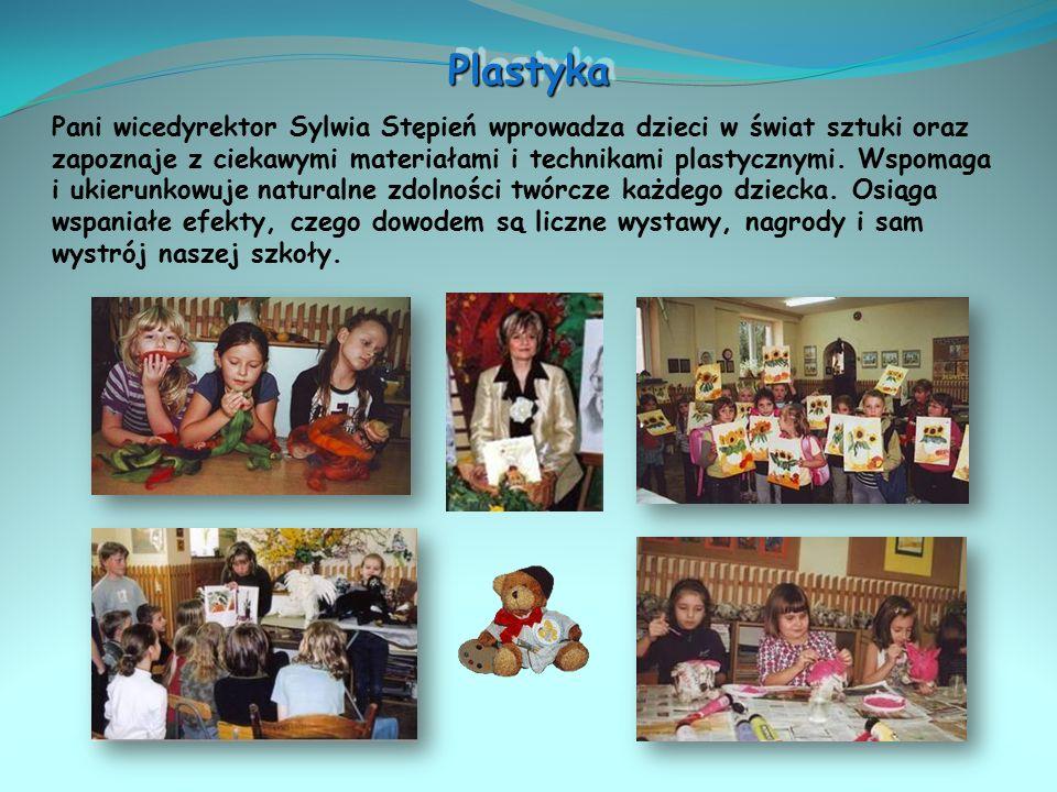 Działa od 2001 roku pod kierunkiem pani Katarzyny Gronkiewicz i pana Krzysztofa Słomczyńskiego.