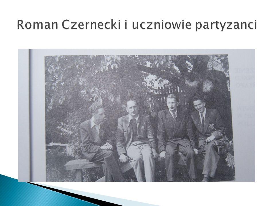 W maju 1942 roku dyrektorowi Romanowi Czerneckiemu zostało wręczone upoważnienie przewodniczenia na egzaminach dojrzałości.