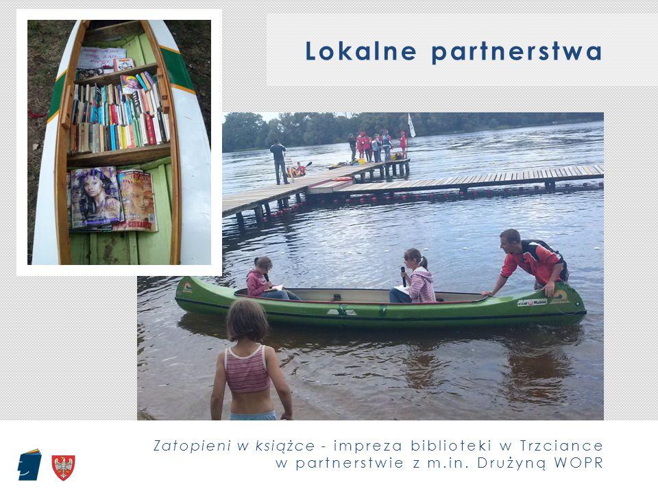 Lokalne partnerstwa Zatopieni w książce - impreza biblioteki w Trzciance w partnerstwie z m.in. Drużyną WOPR