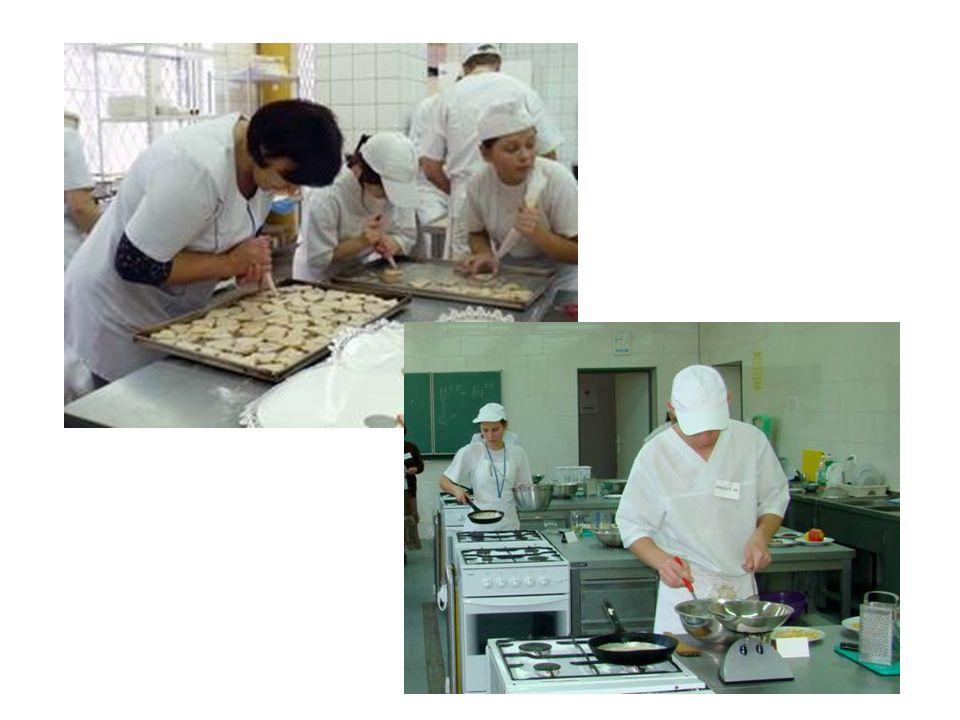Zapewniamy zajęcia praktyczne i praktykę zawodową w restauracji szkolnej, renomowanych hotelach i zakładach gastronomicznych: Andel's, Qubus, Revelo, Stacja Nowa Gdynia