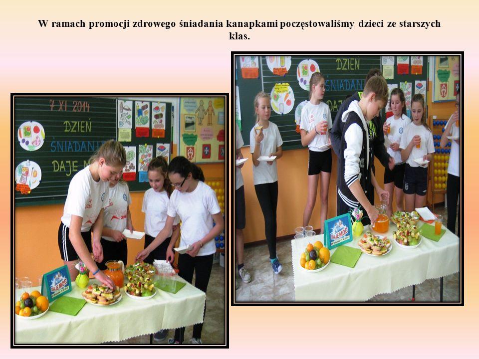 W ramach promocji zdrowego śniadania kanapkami poczęstowaliśmy dzieci ze starszych klas.