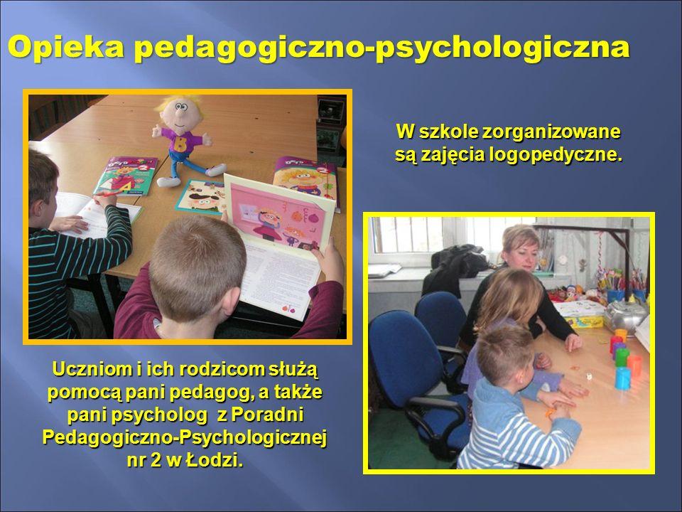 W szkole zorganizowane są zajęcia logopedyczne.
