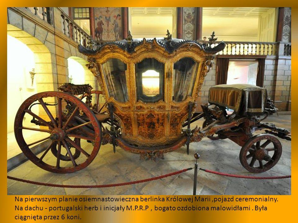 Prezentowane w muzeum powozy,zostały wykonane w ciągu ostatnich 300 lat w Europie, w galerii głównej w stylu Ludwika XVI, ustawiono powozy portugalskiej rodziny królewskiej.