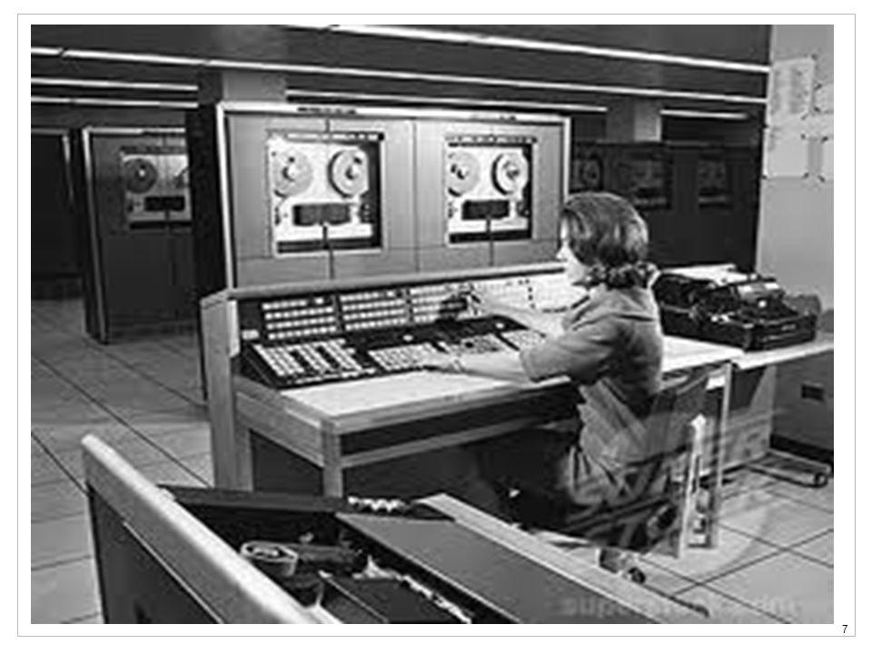8 Informatyka marzeń … Demokratyczn a Efektywna Przeźroczysta Przyjazna Łatwa Dostępna Bezpieczna Niezawodna Tania