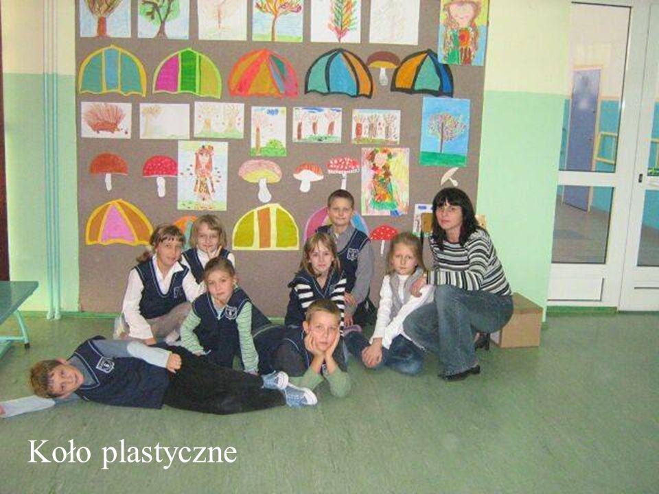 Opiekunem koła plastycznego jest nauczycielka kształcenia zintegrowanego p.