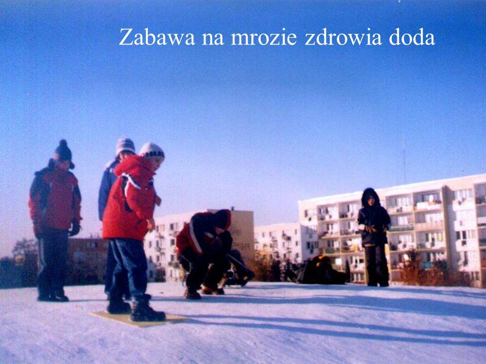 """W roku szkolnym 2003/2004 zainicjowało swoją działalność koło """"Zainwestuj w zdrowie ."""
