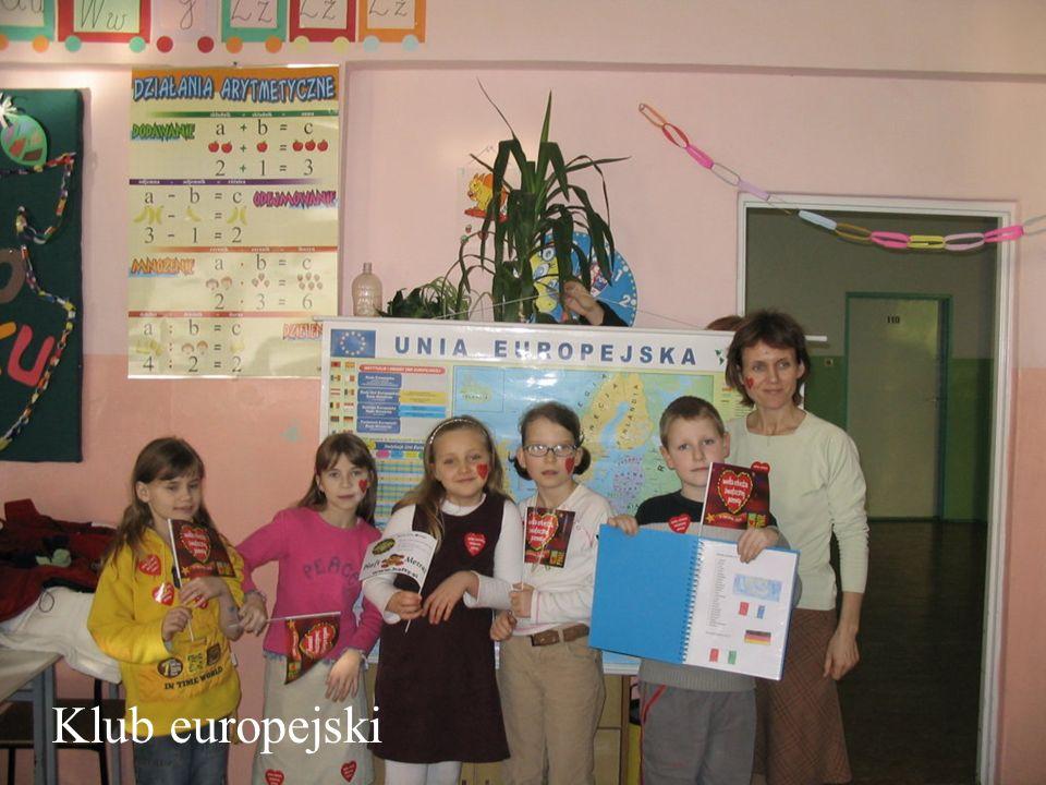 Klub powstał w 1997 roku z inicjatywy pań: Małgorzaty Zaradzkiej, Marianny Król, Iwony Malec.