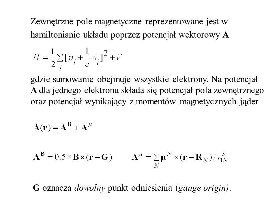 Zewnętrzne pole magnetyczne reprezentowane jest w hamiltonianie układu poprzez potencjał wektorowy A gdzie sumowanie obejmuje wszystkie elektrony.