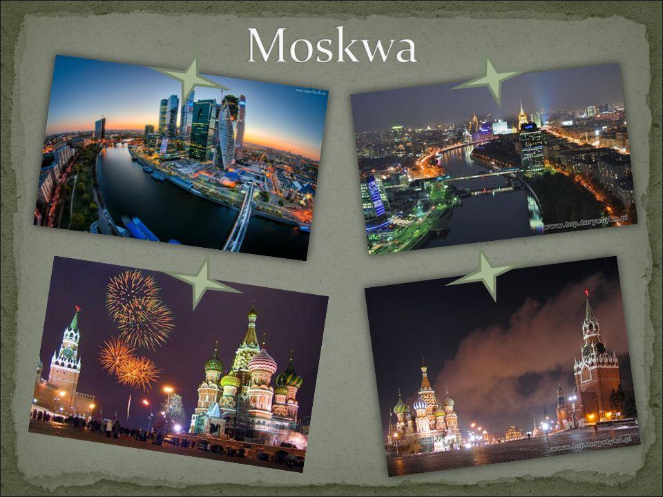 Moskwa położona jest nad rzeką Moskwą w Europie Wschodniej, na pograniczu Grzędy Smoleńsko- Moskiewskiej, Równiny Moskiewsko-Ockiej i Niziny Mieszczorskiej.( 55°45 ′ N 37°37 ′ E) Moskwa na mapie Rosji