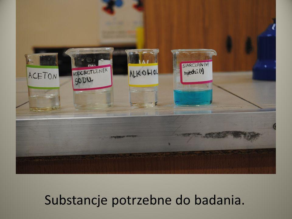 Substancje potrzebne do badania.