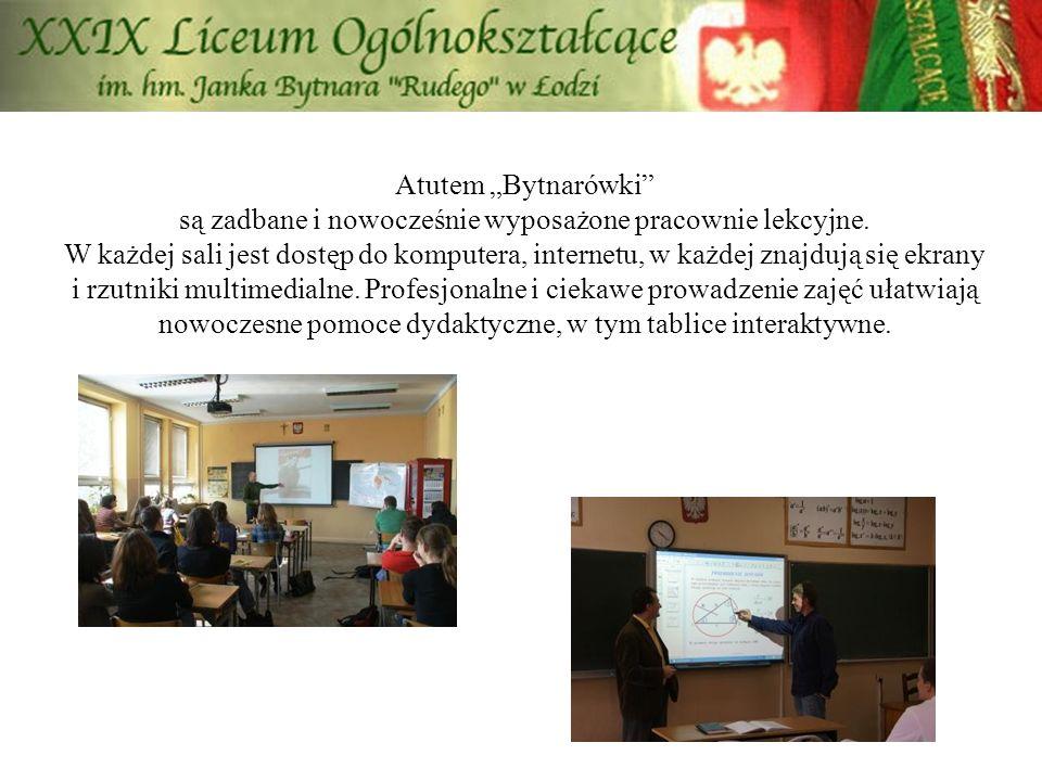 """Atutem """"Bytnarówki"""" są zadbane i nowocześnie wyposażone pracownie lekcyjne. W każdej sali jest dostęp do komputera, internetu, w każdej znajdują się e"""