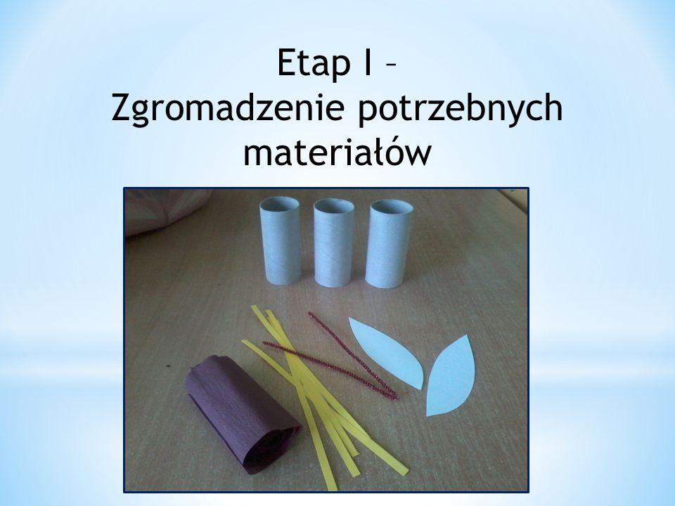 Etap II – Obklejanie rolek brązową bibułą