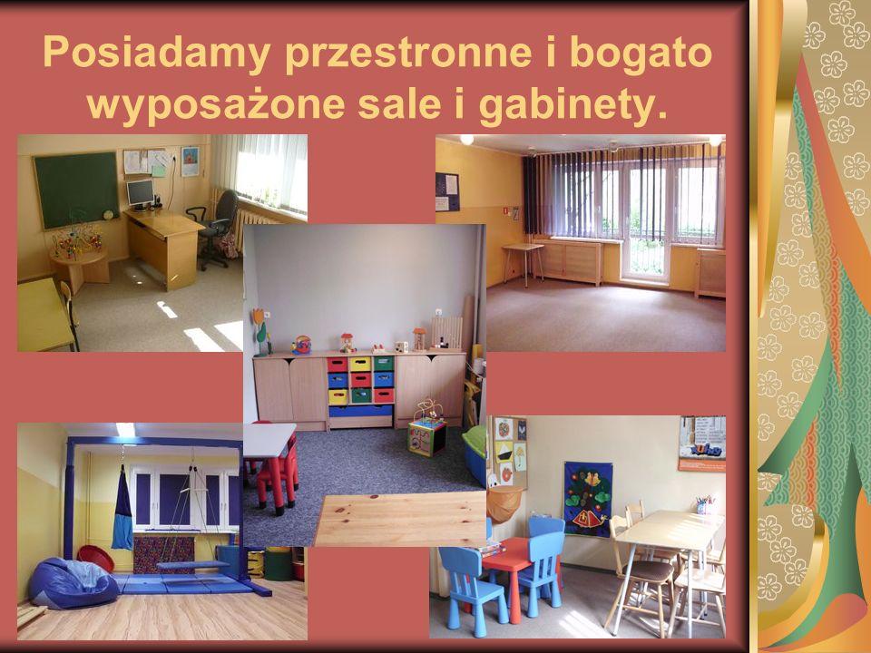 Posiadamy przestronne i bogato wyposażone sale i gabinety.
