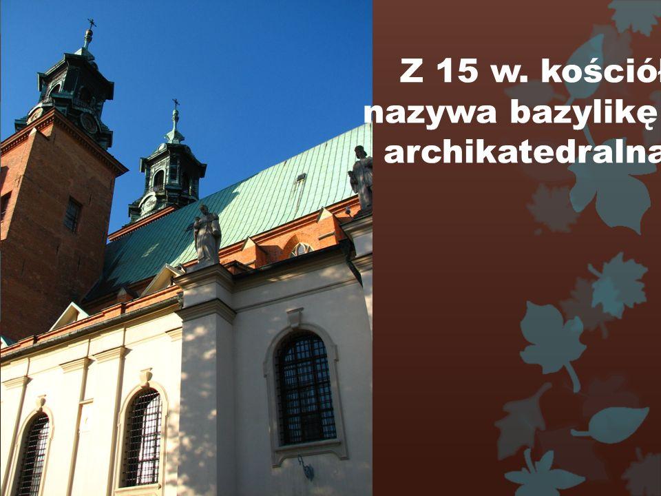 W 1000 r. kościół został nazywany katedrą.