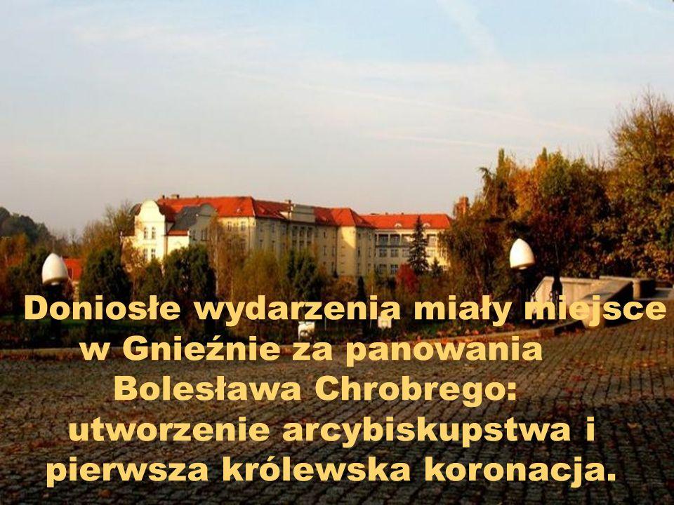 Z 15 w. kośсiół nazywa bazylikę archikatedralną